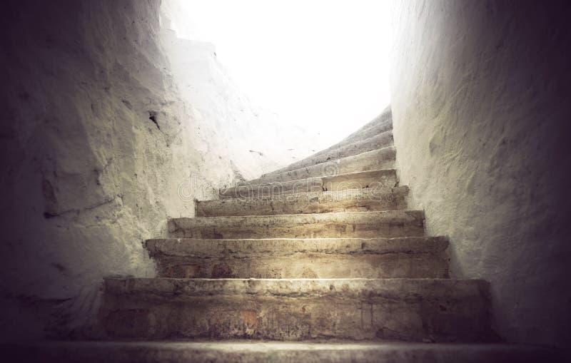Escalier en pierre antique photographie stock