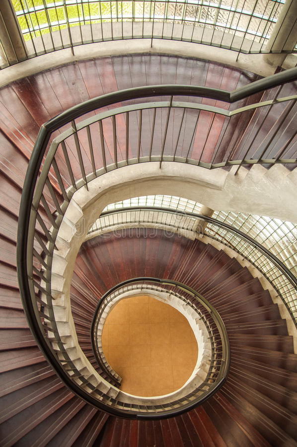 Escalier et étapes photos stock