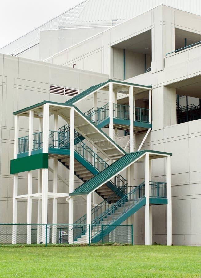escalier exterieur couvert