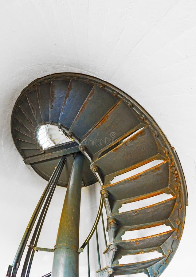 Escalier historique à l'intérieur de phare d'arène de point images stock