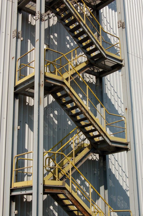 Escalier industriel image stock image 7816411 - Escalier industriel prix ...