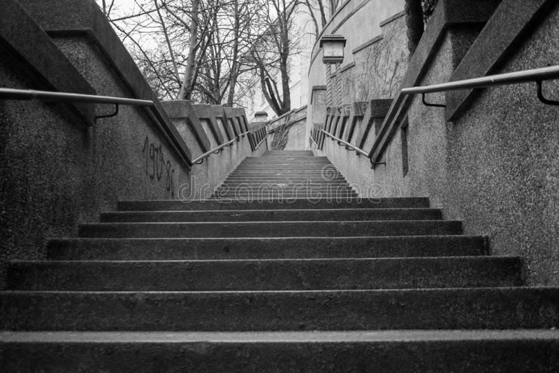 Escalier monochrome à Zagreb photos stock