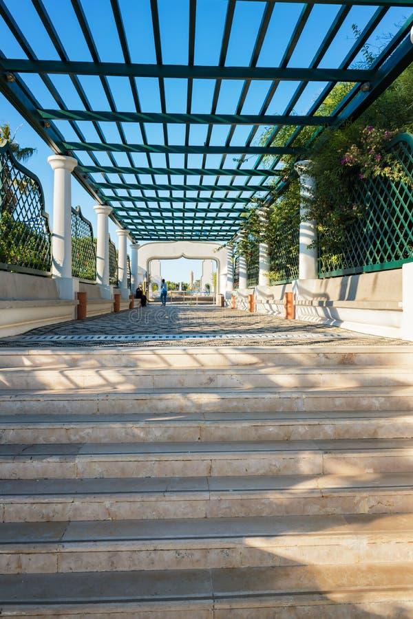 Escalier principal dans Kalithea Rhodes, Grèce photos libres de droits