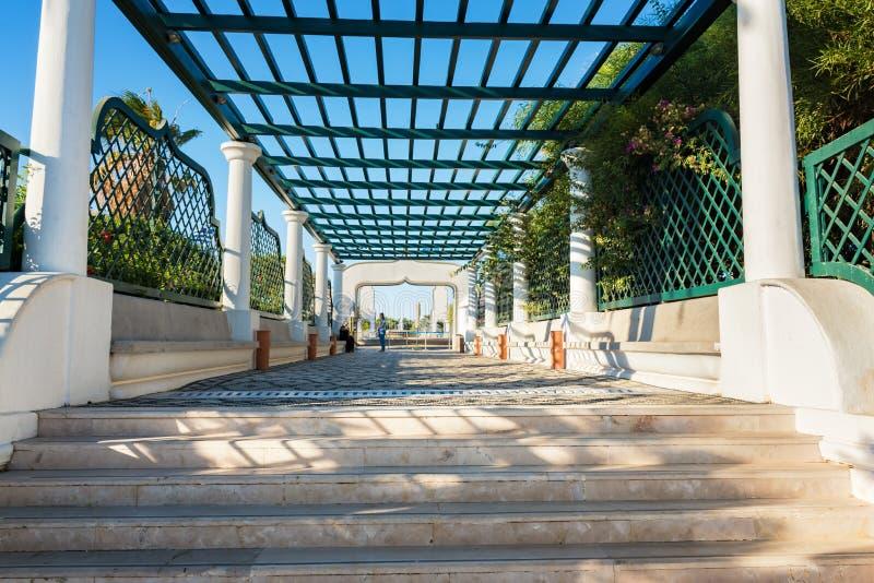 Escalier principal dans Kalithea Rhodes, Grèce images libres de droits
