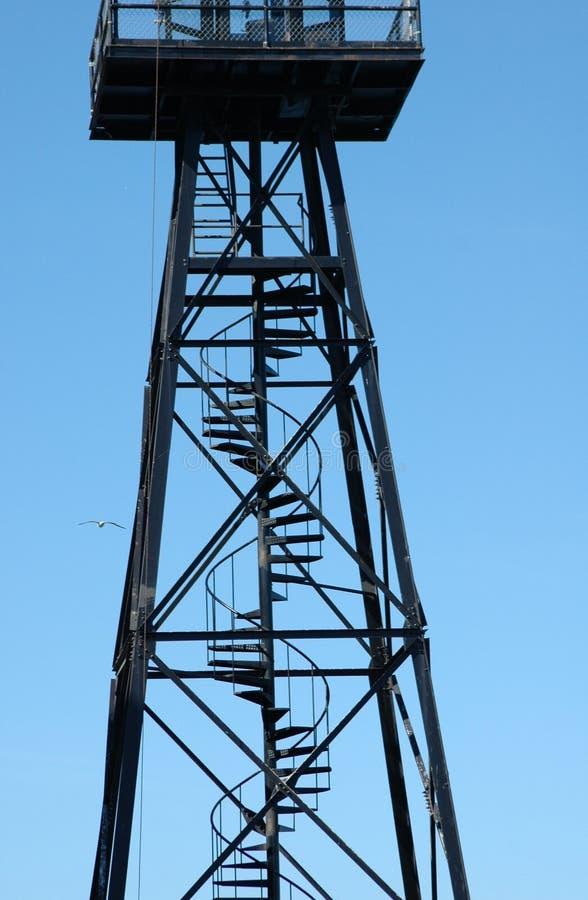Download Escalier spiralé photo stock. Image du fond, architecture - 77292