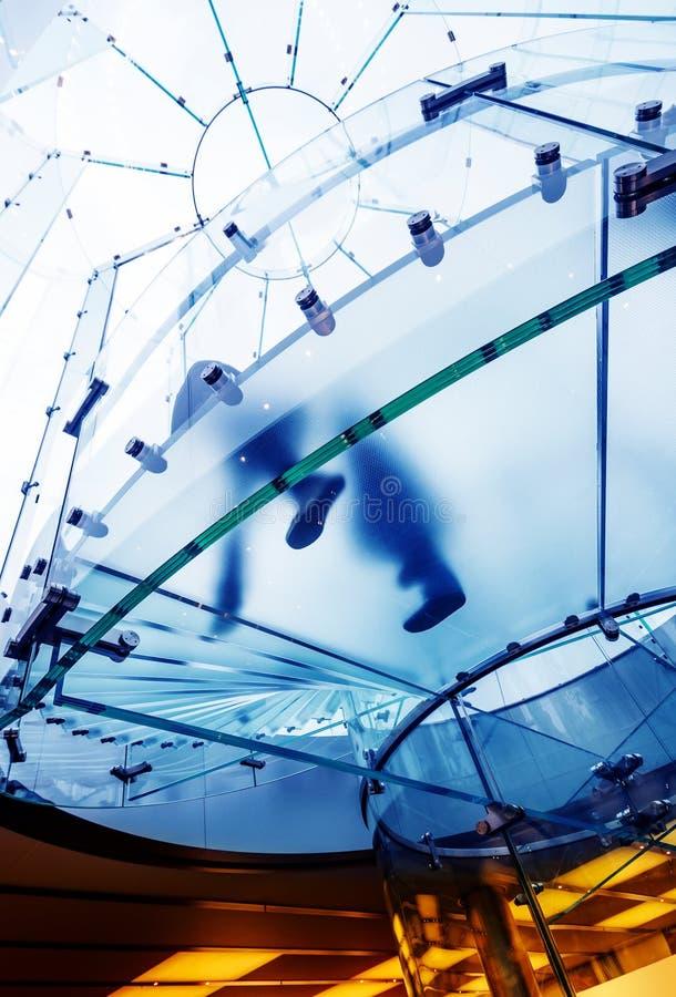 Escalier spiralé en verre photo libre de droits