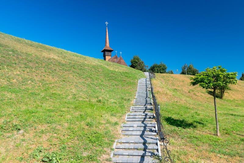 Escaliers à l'église commémorative Mihai Viteazul en Alba Iulia, Roumanie photos libres de droits