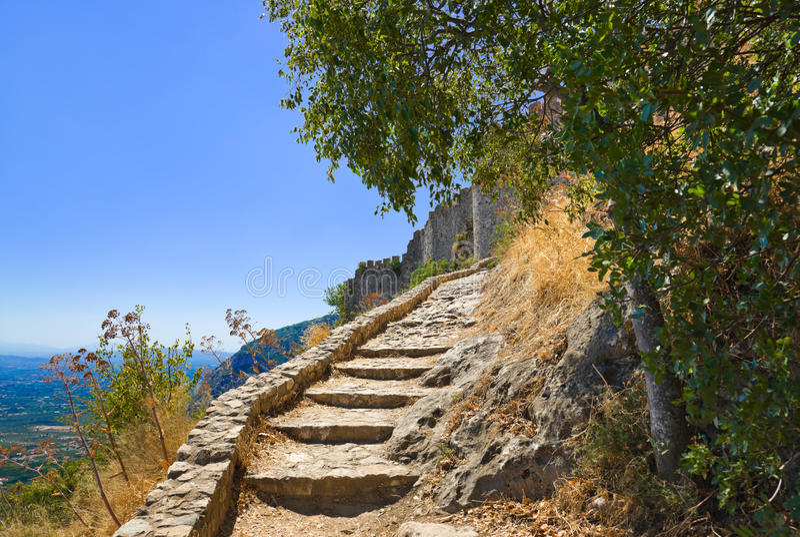 Escaliers Au Vieux Fort Dans Mystras, Grèce Photos libres de droits