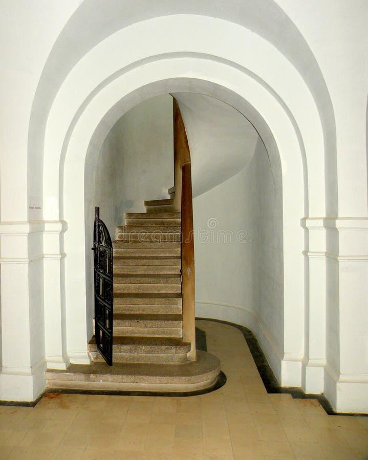 Escaliers dans Marasesti Mausoluem image libre de droits