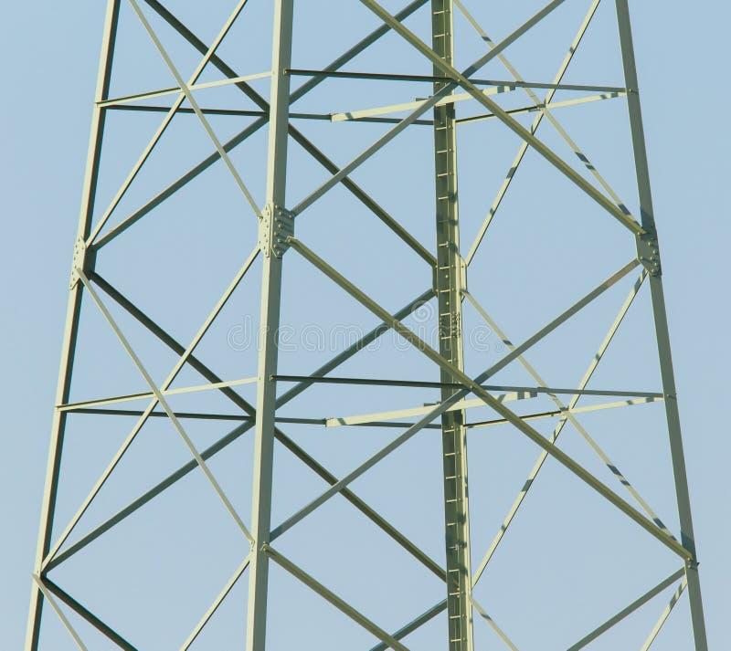 Escaliers dans un pylône de l'électricité photo libre de droits