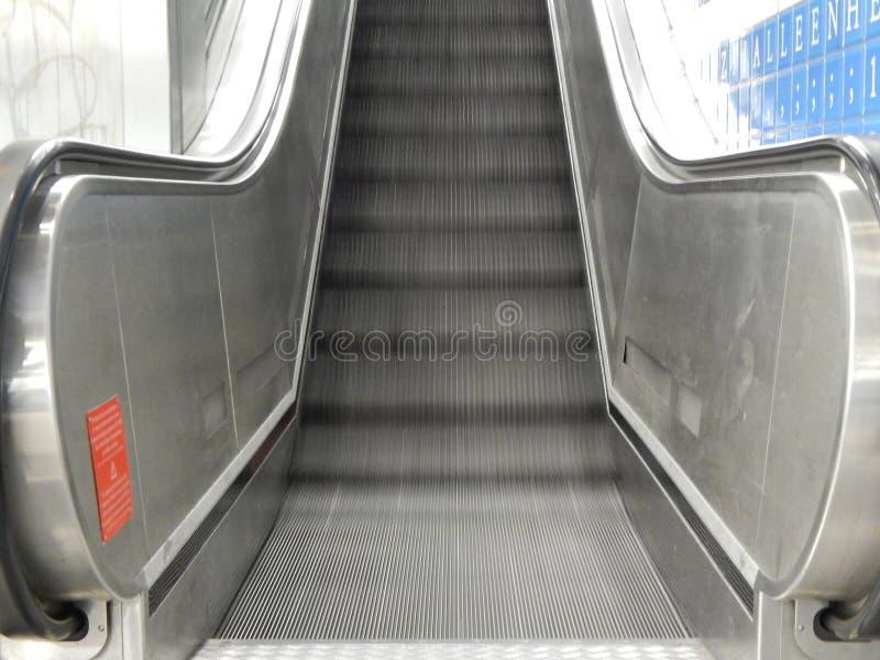 Escaliers de fer photo libre de droits