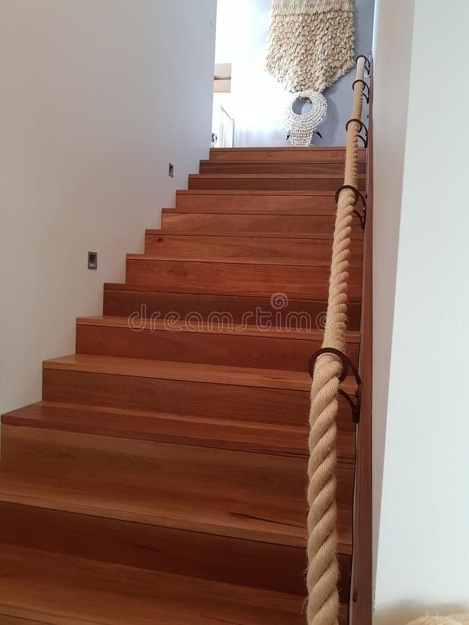 Escaliers en bois photo stock
