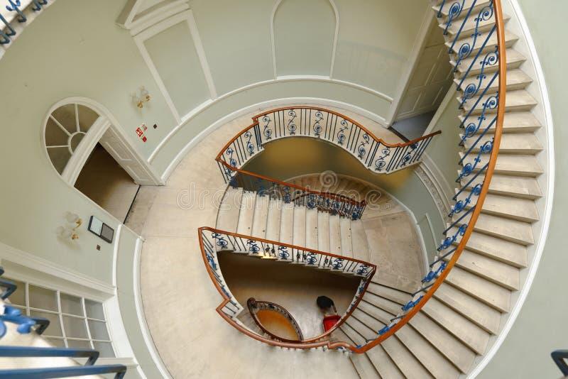 Escaliers fleuris, maison de Somerset Lord Nelson optique image libre de droits