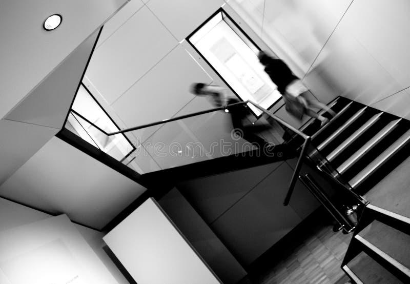 Escaliers s'élevants photo libre de droits