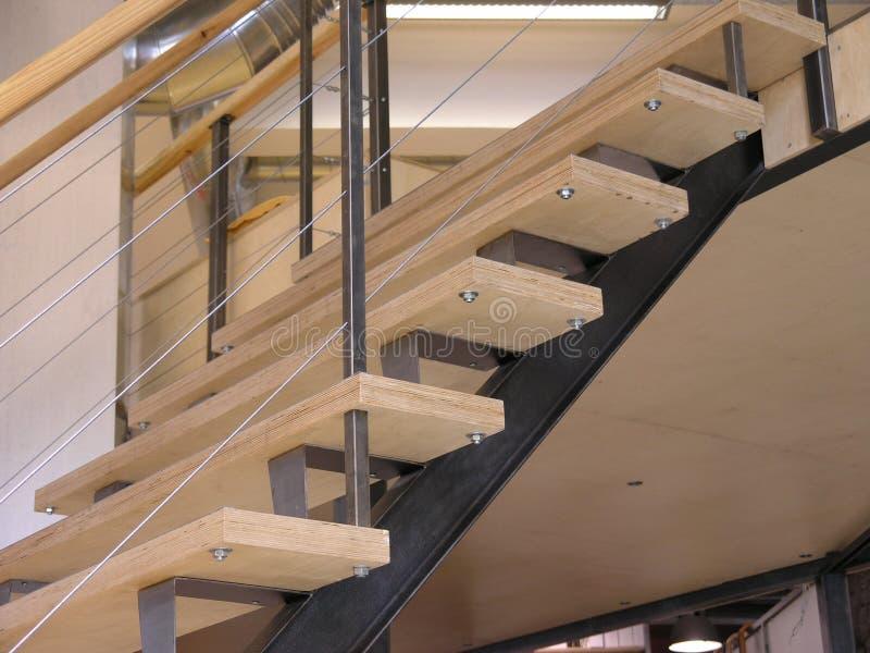 Escaliers vers le haut image libre de droits