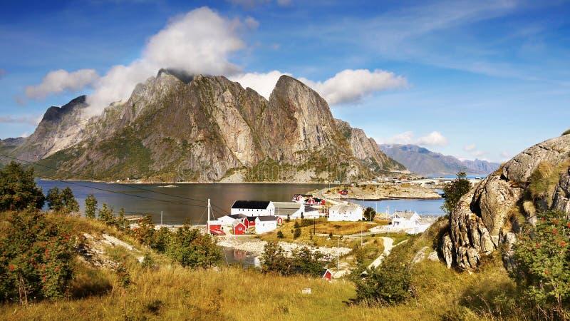 Escandinávia, Noruega, paisagem áspera nórdica, ilhas de Lofoten foto de stock royalty free