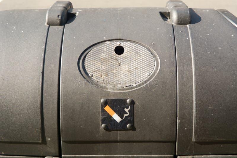 Escaninho de fumo fotografia de stock