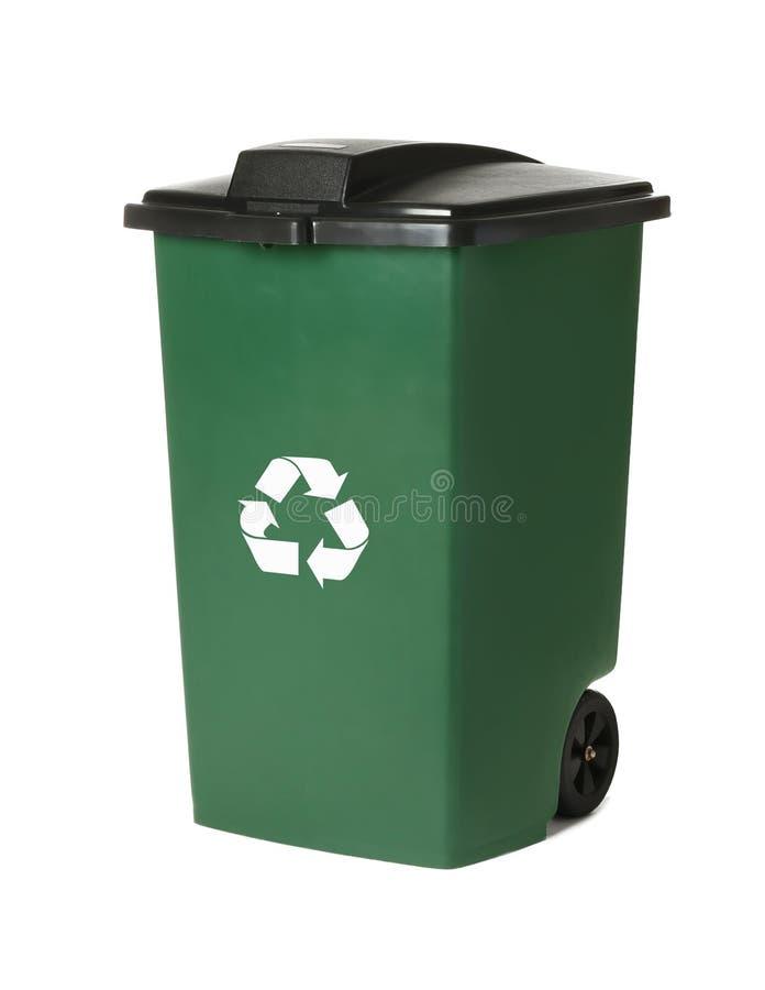 Escaninho de lixo isolado no branco imagens de stock royalty free