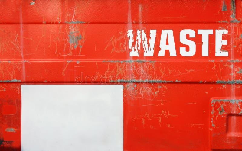 Escaninho waste vermelho do Grunge com espaço da cópia fotografia de stock royalty free
