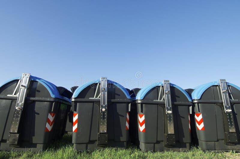 Escaninhos de recicl imagem de stock