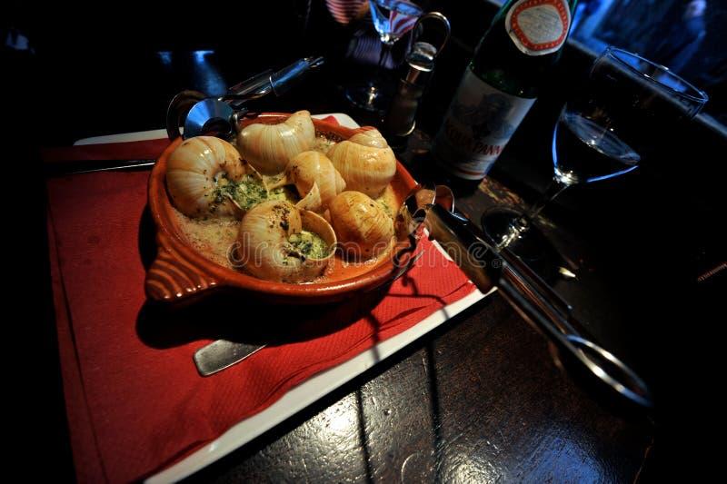 Escargot с маслом чеснока стоковые фотографии rf