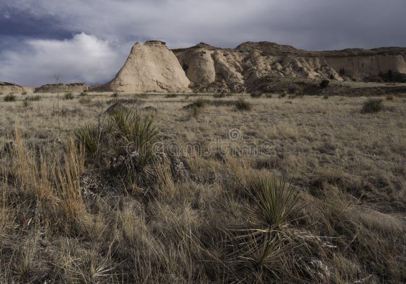 Escarpa en el prado del nacional del Pawnee fotos de archivo