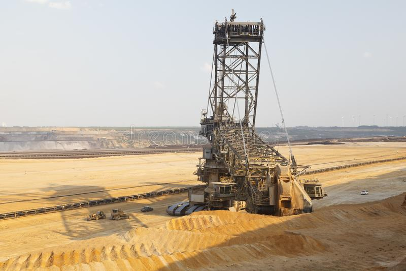 Escavatore gigante In Mine della Secchio-ruota fotografia stock libera da diritti