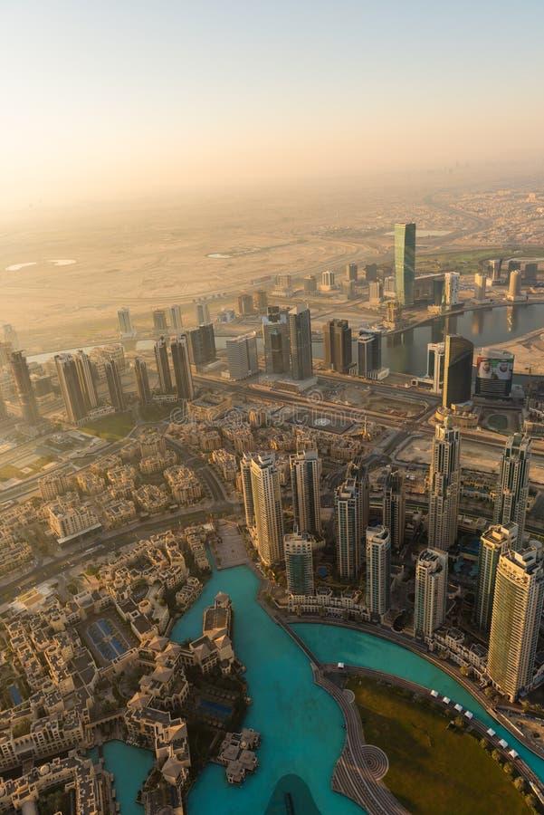Escena céntrica de la mañana de Dubai foto de archivo