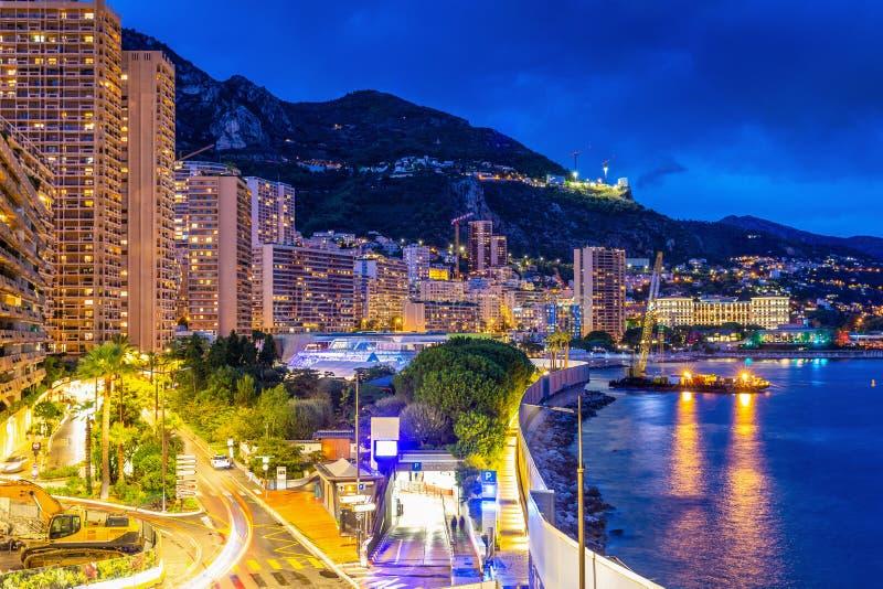 Escena crepuscular del área de la bahía de Monte Carlo fotos de archivo libres de regalías