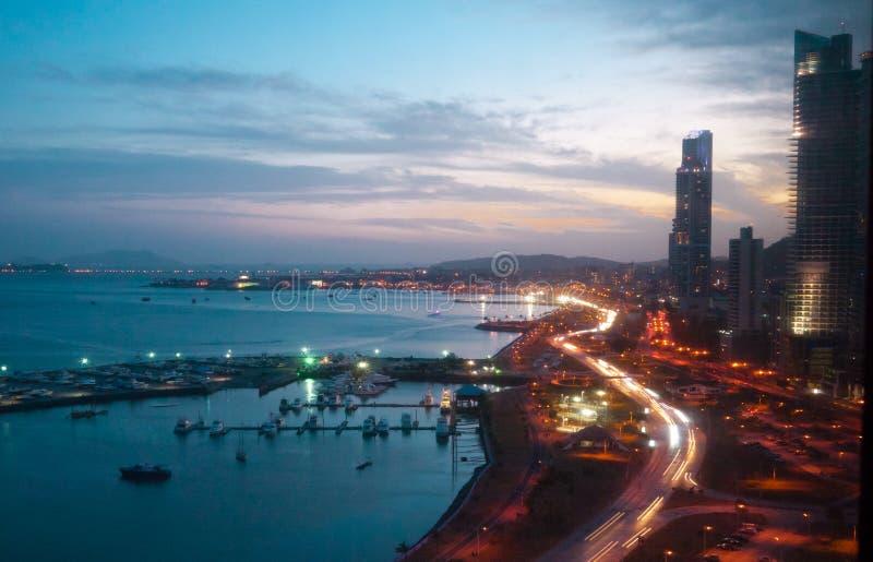 Escena crepuscular PF ciudad de Panamá, Panamá imágenes de archivo libres de regalías