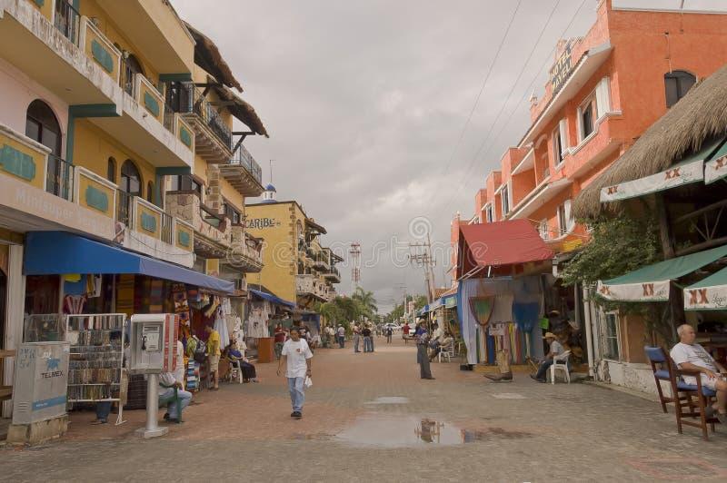 Escena de la calle comercial foto de archivo