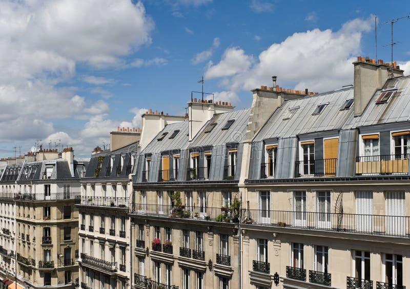 Escena de la calle de París, cuarto latino imagen de archivo libre de regalías