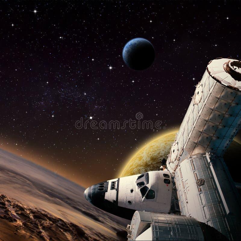Escena de la fantasía de la estación espacial de la lanzadera cerca del planeta extranjero ilustración del vector