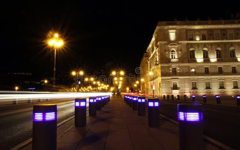 Escena de la noche en Trieste fotografía de archivo libre de regalías