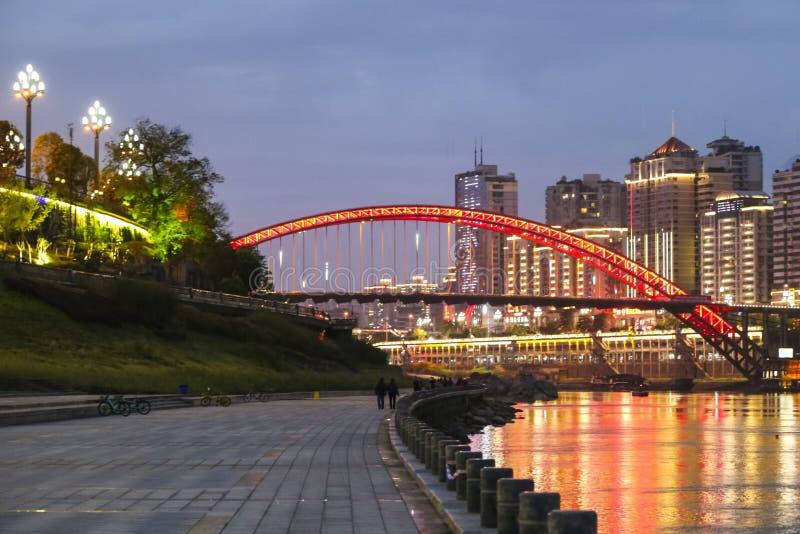 Escena de la noche en Yibin, Sichuan, China fotografía de archivo libre de regalías