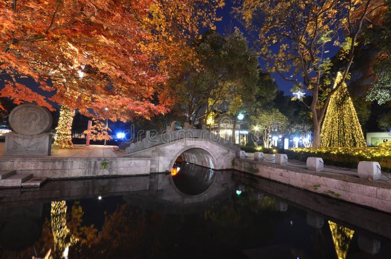 Escena de la noche de Xihu Tiandi en Hangzhou, China imagen de archivo