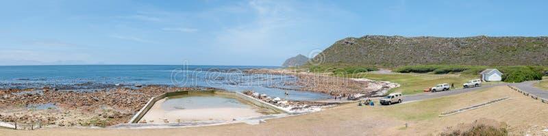 Escena de la playa en Bordjiesrif en el punto del cabo fotografía de archivo