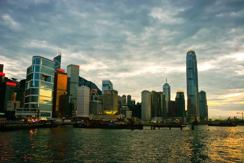 Escena de la puesta del sol en Hong-Kong imagenes de archivo