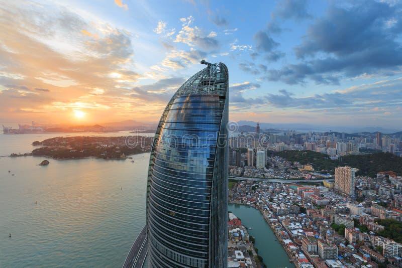 Escena de las torres gemelas de Xiamen Shimao Petronas, China fotos de archivo