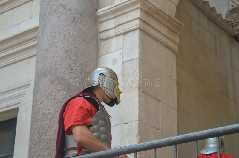 Escena del emperador de Roma en el palacio de Diocletian en fractura el 15 de junio de 2019 foto de archivo
