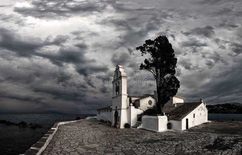 Download Escena Del Monasterio De Vlacherna, Kanoni, Corfú Foto de archivo - Imagen de día, sunlight: 41917830