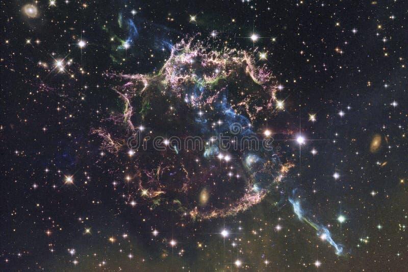 Escena del universo con las estrellas y las galaxias en espacio profundo imagen de archivo