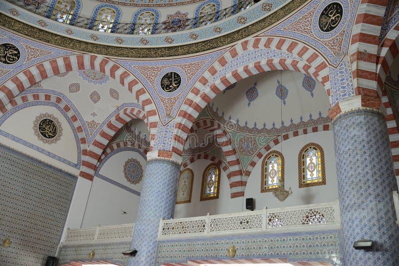 Escena dentro de una mezquita imagenes de archivo