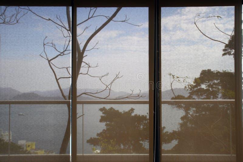 Escena detrás de una cortina de papel foto de archivo libre de regalías