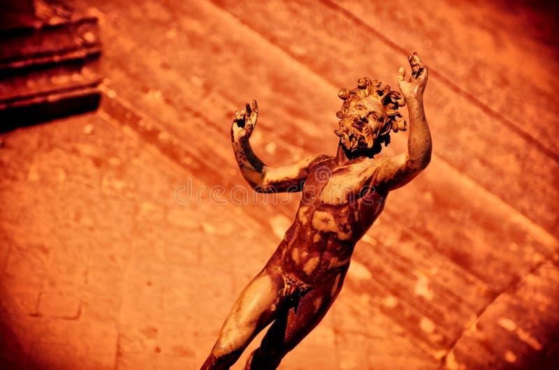 Escena dramática del fauno, sátiro en Pompeya fotos de archivo