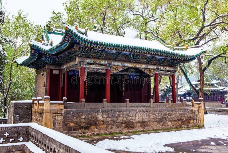 Escena-etapa conmemorativa del templo de Jinci (museo) para realizar las óperas para los festivales tradicionales imagenes de archivo