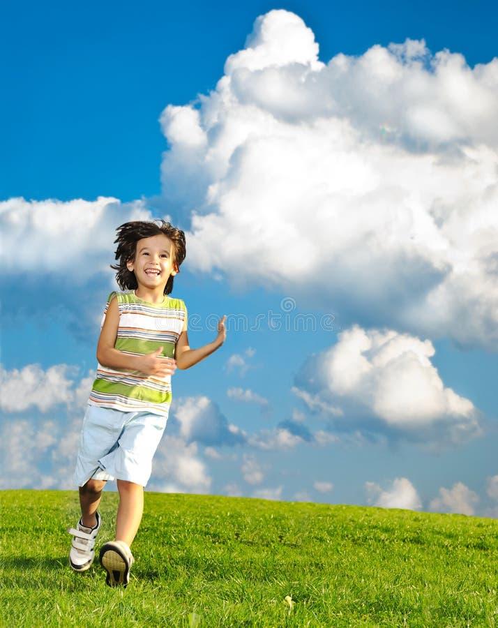 Escena fantástica de niños felices imagen de archivo libre de regalías