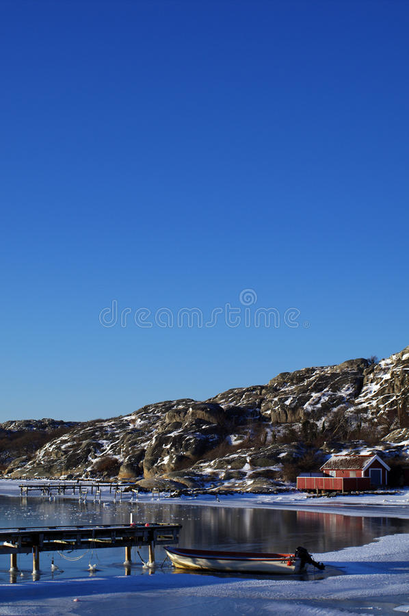 Escena sueca del invierno del archipiélago imágenes de archivo libres de regalías