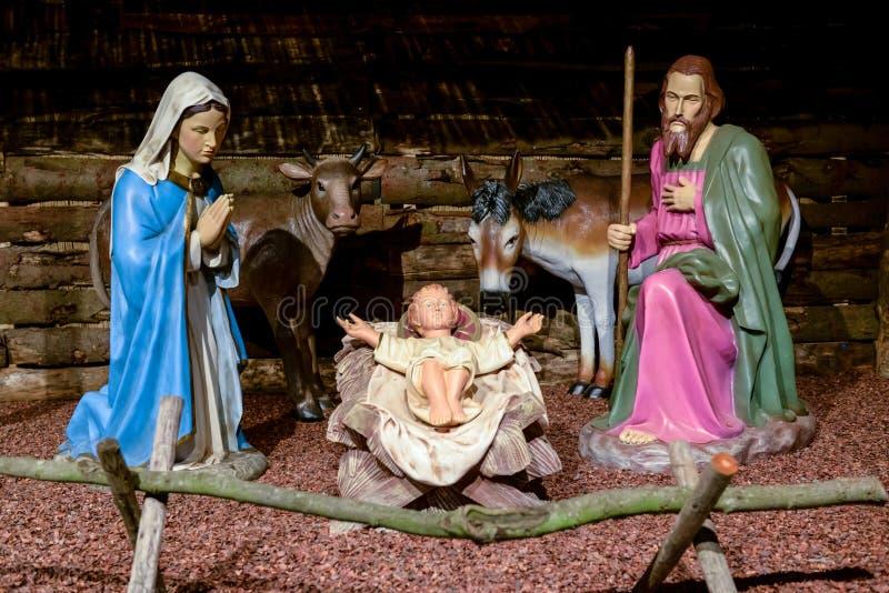 Escena tradicional de la natividad imagenes de archivo
