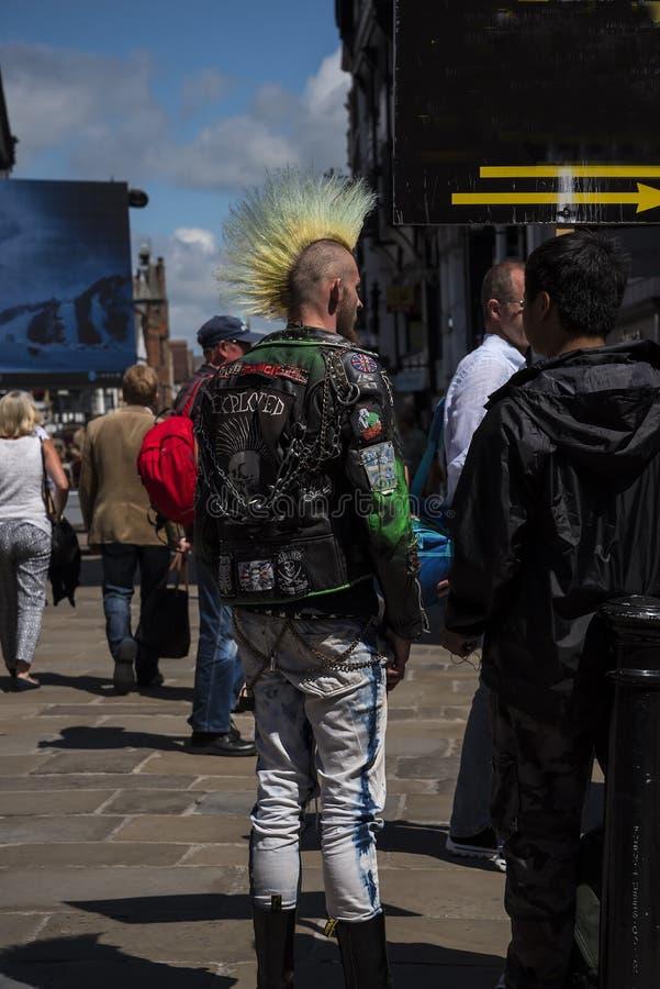 Escenas de la calle en Chester England fotos de archivo